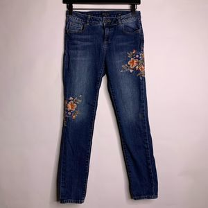 Miss Me Girls Floral Embroidered Skinny Jeans
